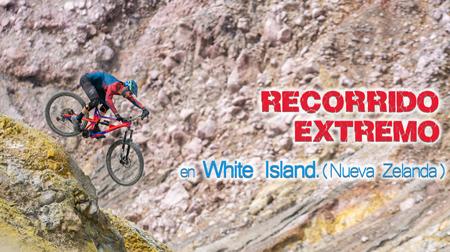 Recorrido extremo en White Island, Nueva Zelanda.